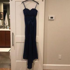 BCBGMaxAzria Dresses - BCBG Max Azria strapless gown with train
